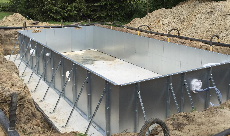 Staalwand zwembad van aqua aqua zwembaden for Inbouw zwembad zelf bouwen