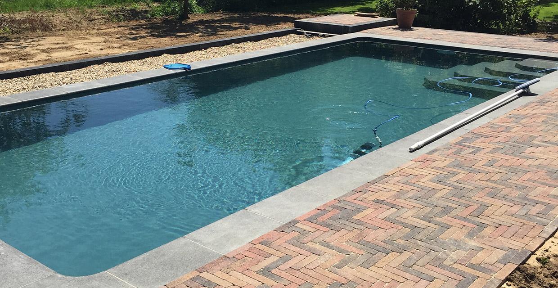 Aanleg staalwand zwembad Barchem Aqua Zwembaden